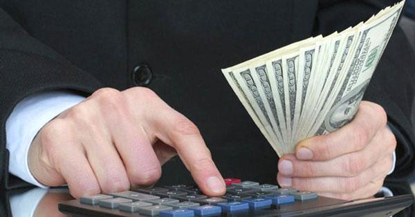 Минтруд уточнил порядок расчета зарплатного аванса